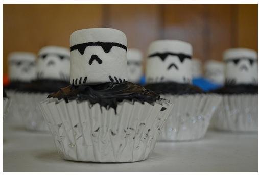 starwarsnight_troopercupcakes