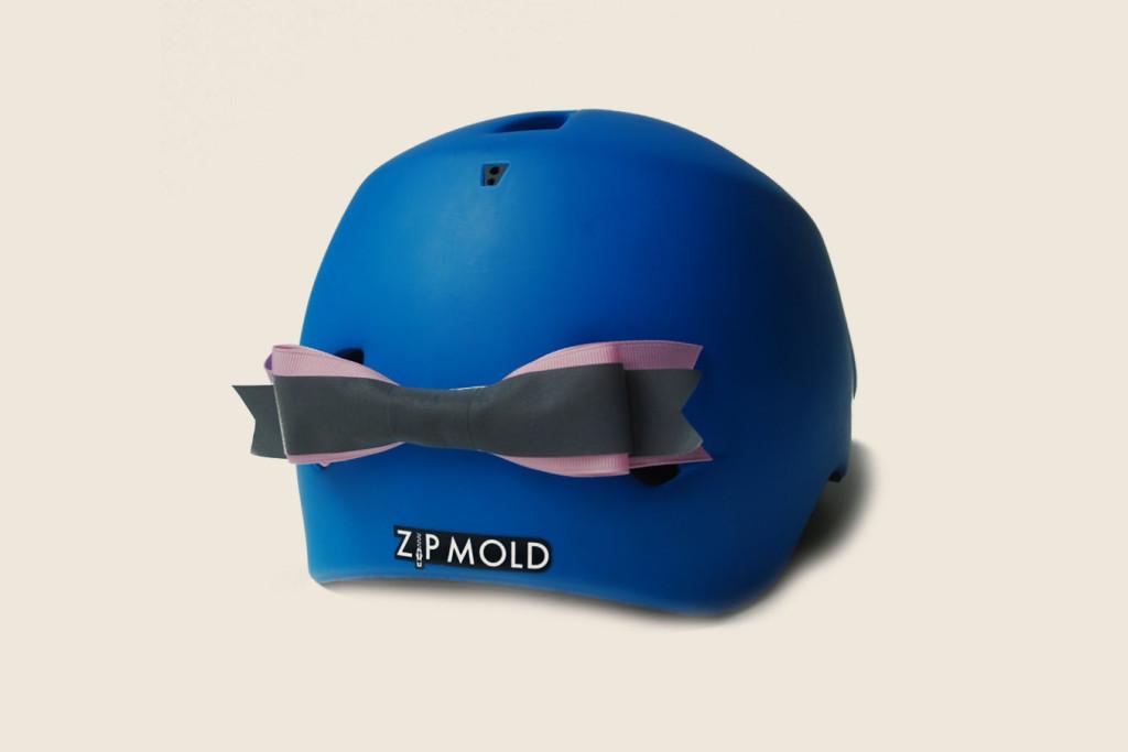 helmet-bow