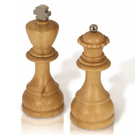 King and Queen Salt and Pepper Shakers