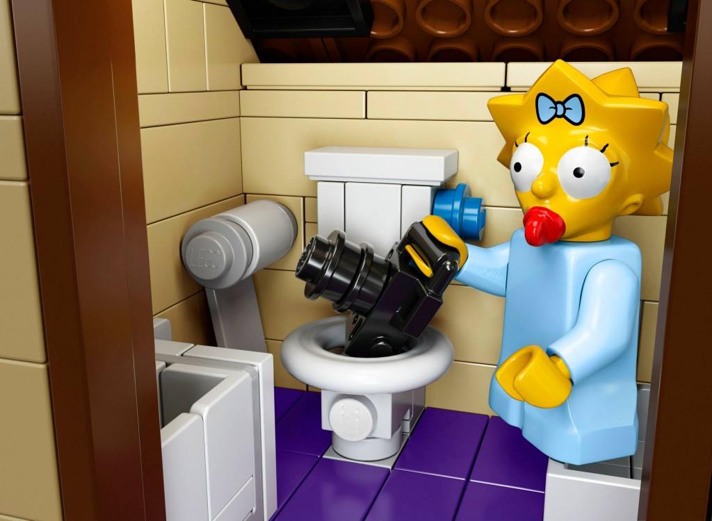 Maggie dumping DSLR in toilet