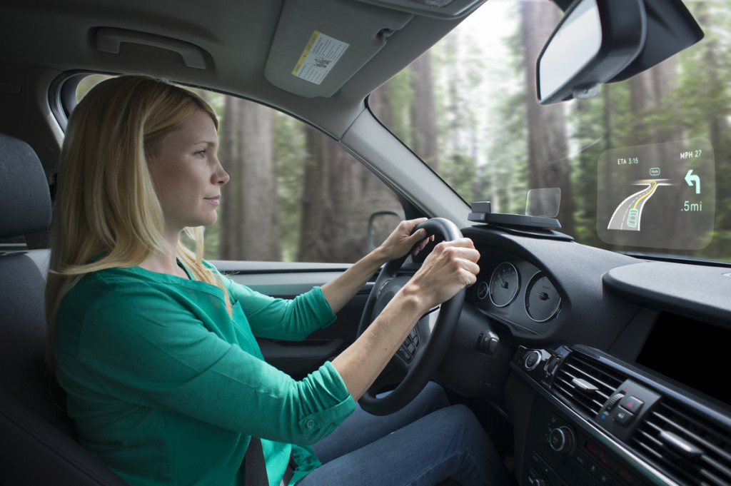 woman_driving_side